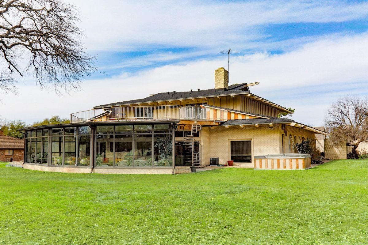 Shagplace Mid Century Modern Home Photo Video Shoot Location Dallas 49.jpg