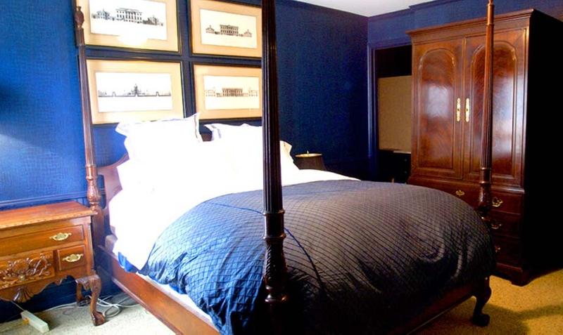 1r16_bedroom_mccoy.jpg