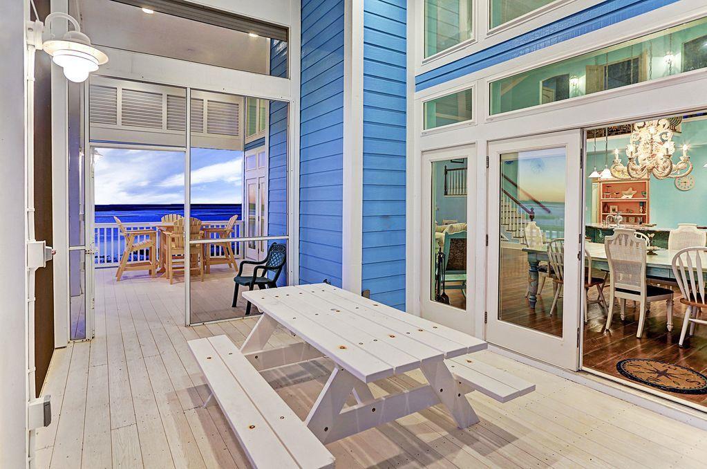 Riley Lake Beach House Photo Video Shoot Location Galvestion 27.jpg