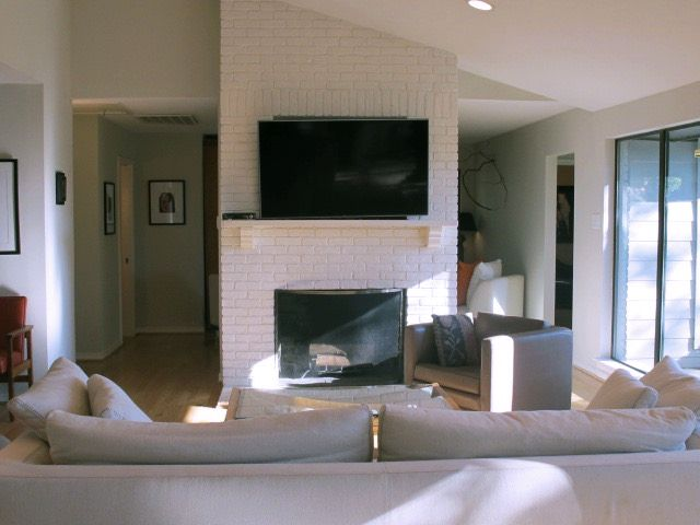 Classen Contemporary Modern Home Photo Video Shoot Location Dallas11.jpg