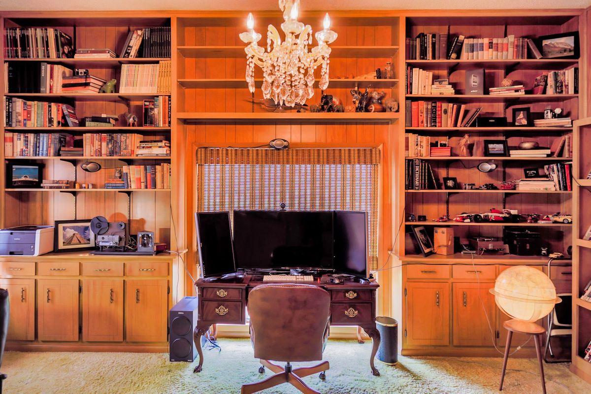 Shagplace Mid Century Modern Home Photo Video Shoot Location Dallas 10.jpeg