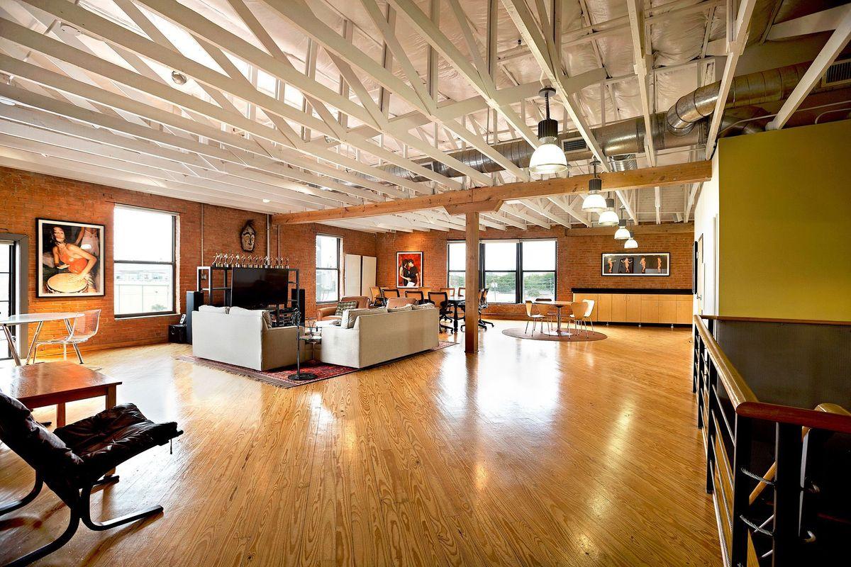 SRD Photo Video Shoot Location Dallas Lounge0.jpg