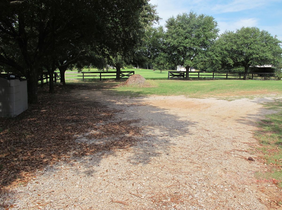 Jim's Farm Home Photo Video Shoot Location Dallas 01.jpg