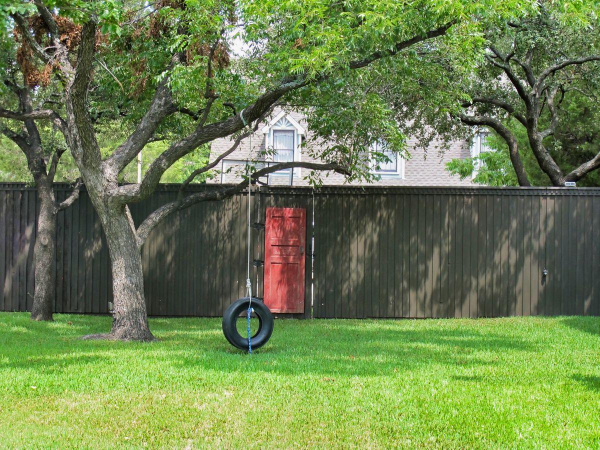 Brooklyn Traditional Home Photo Video Shoot Location Dallas 09.jpeg