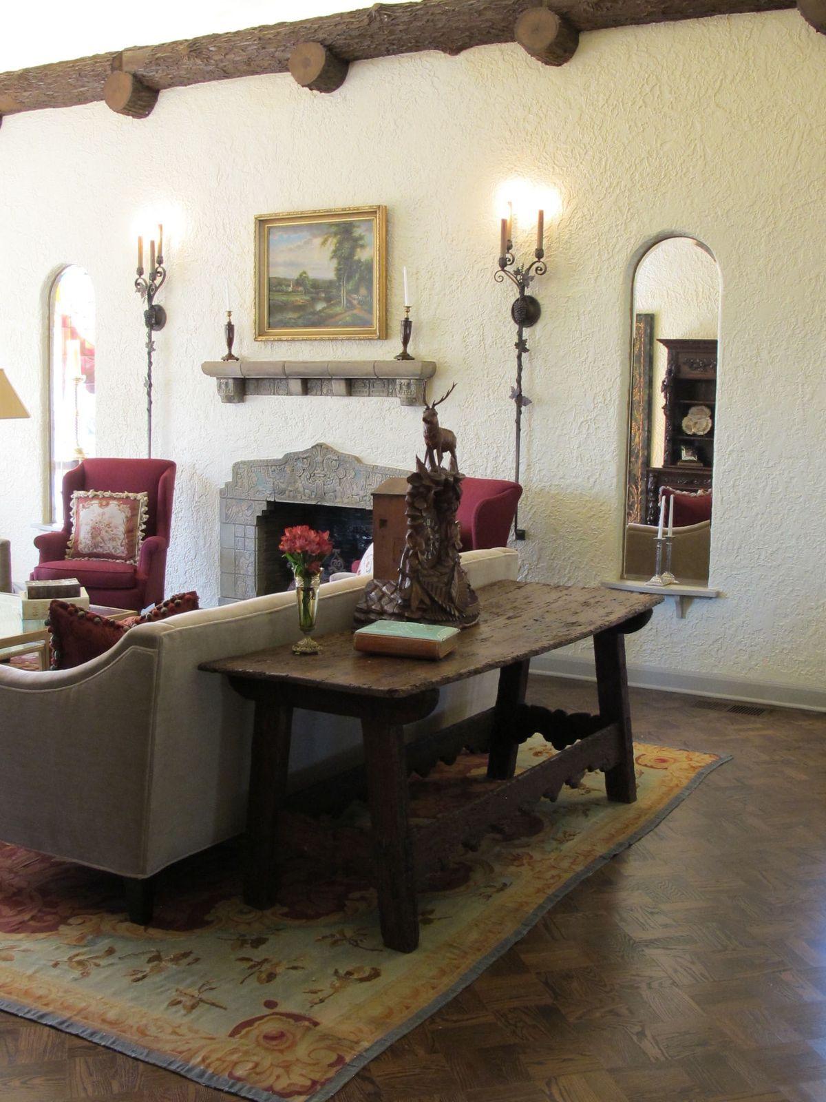 Historic Hutsell Mediterranean Home Photo Video Shoot Location 26.jpg