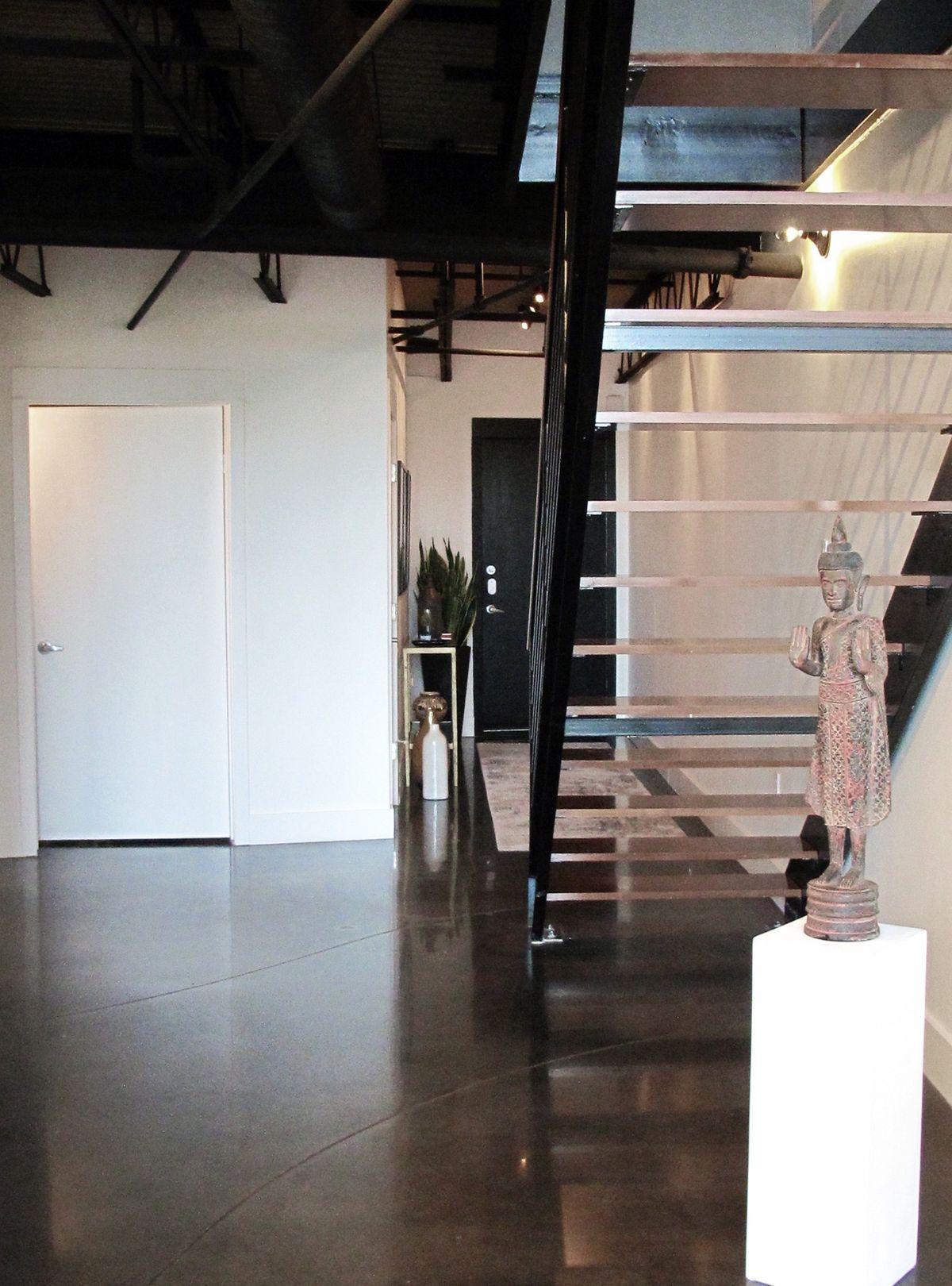 Maryland Loft Home Photo Video Shoot Location Dallas 11.jpg
