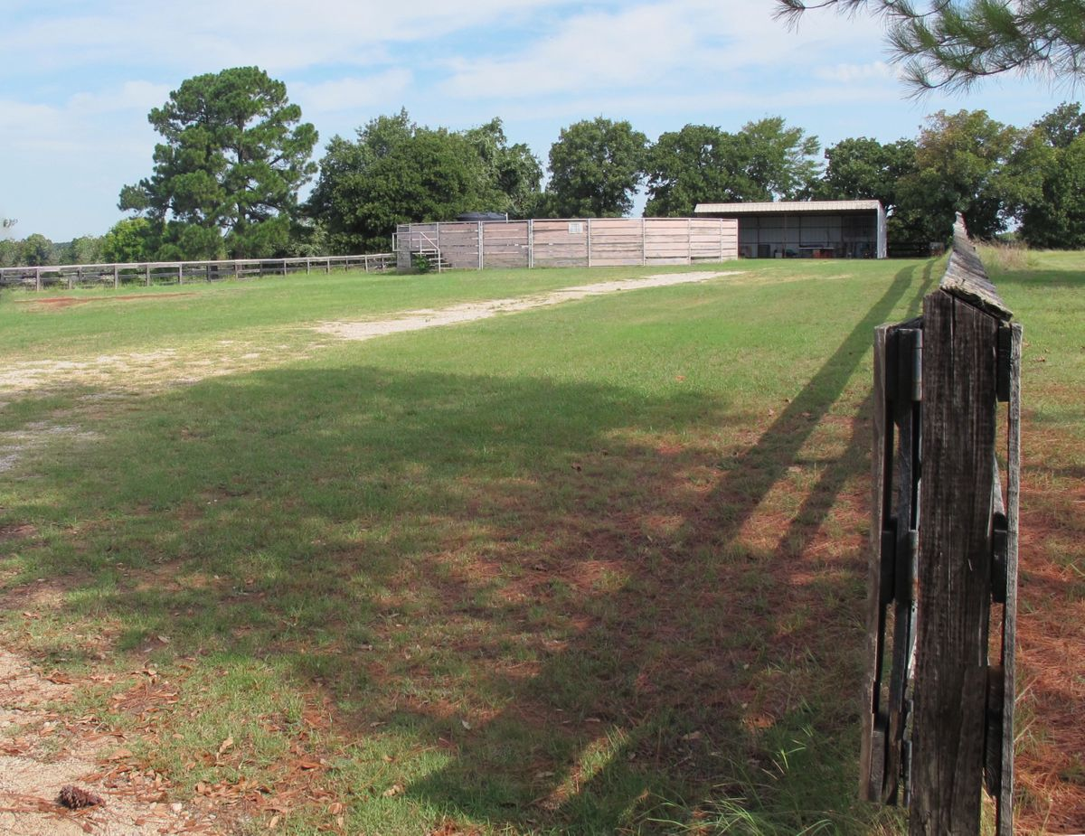 Jim's Farm Home Photo Video Shoot Location Dallas 00.jpg