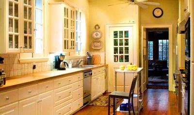 1r13_kitchen_lorraine.jpg