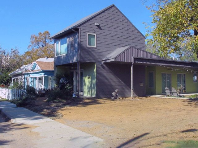 Cedars Art House Studio Art Gallery Home Photo Video Shoot Location Dallas 24.jpg