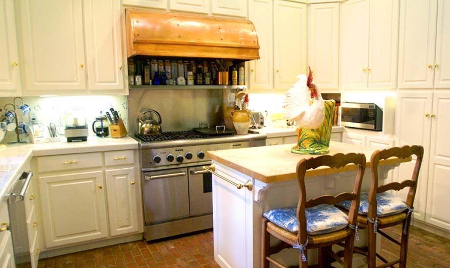 108_kitchen_mccoy.jpg