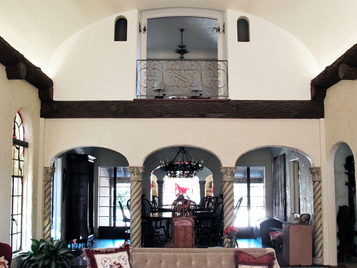 Historic Hutsell Mediterranean Home Photo Video Shoot Location 17.jpg