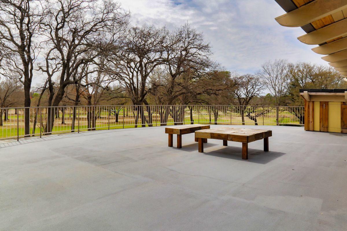 Shagplace Mid Century Modern Home Photo Video Shoot Location Dallas 28.jpeg