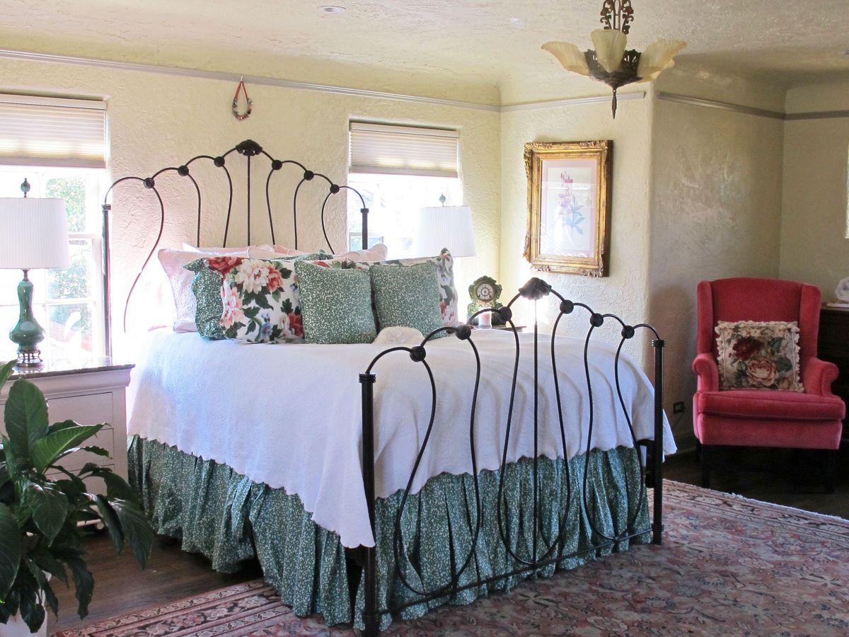 Historic Hutsell Mediterranean Home Photo Video Shoot Location 34.jpg
