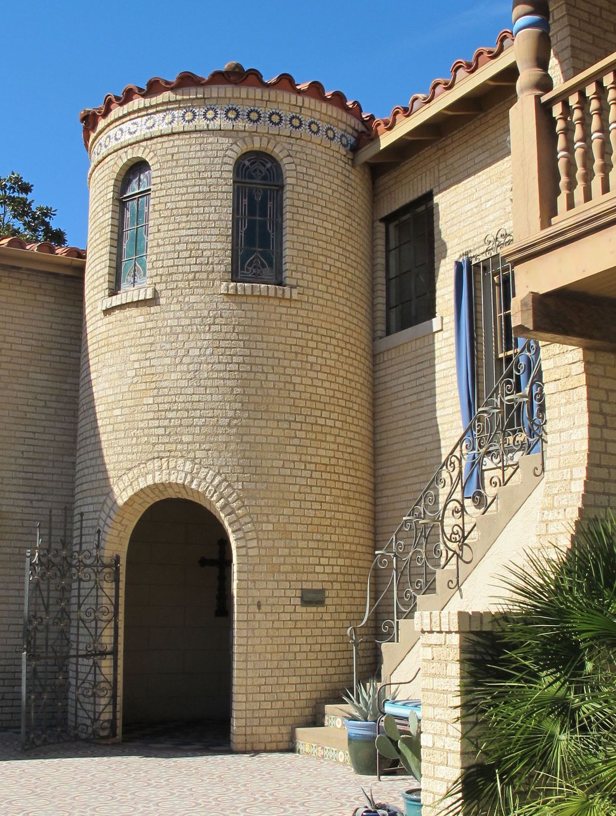 Historic Hutsell Mediterranean Home Photo Video Shoot Location 5.jpg
