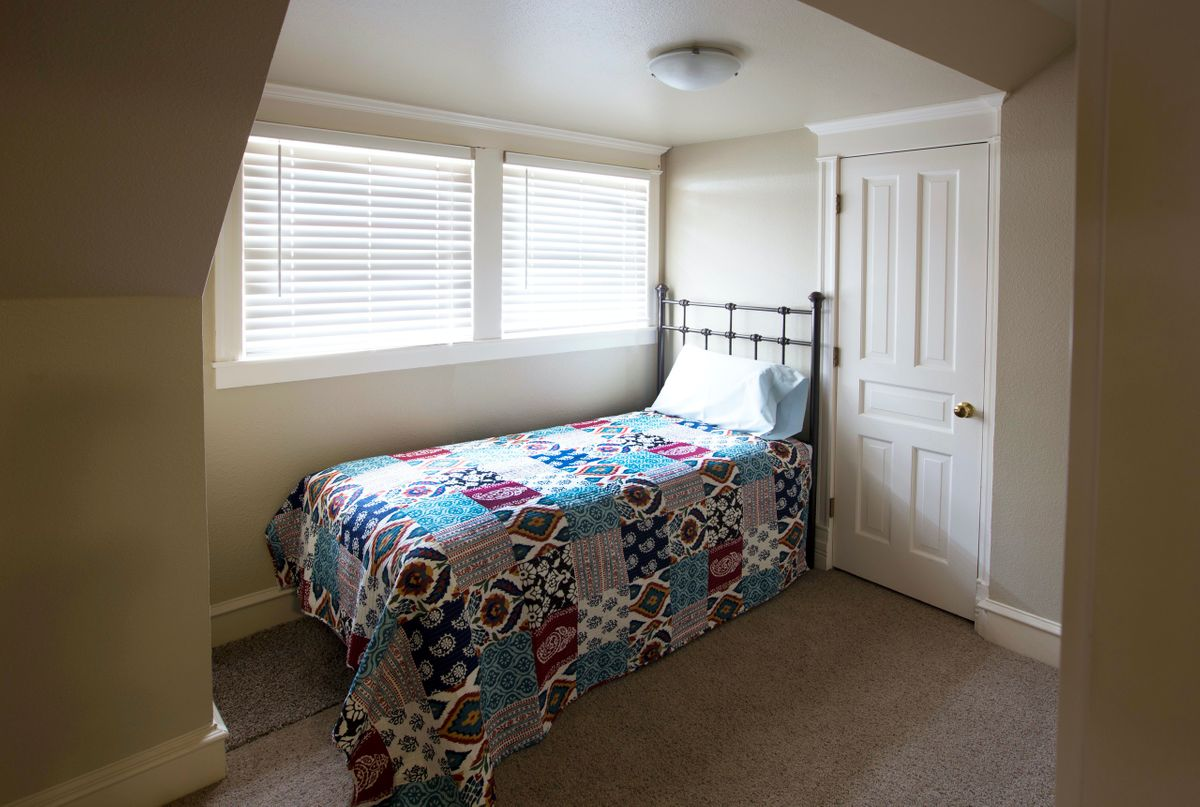 Sanders Hitch Traditional Home Photo Video Shoot Location Interior Rooms 11.jpg
