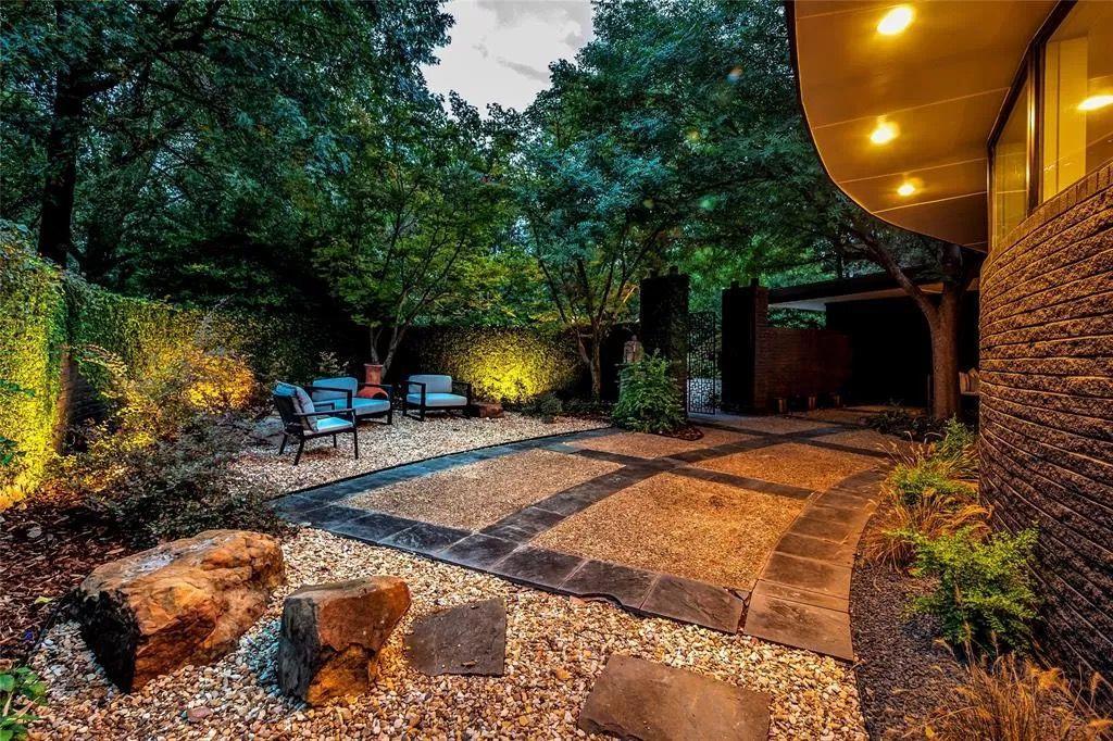 Harlow Contemporary Modern Home Photo Video Shoot Location Dallas  28.jpg