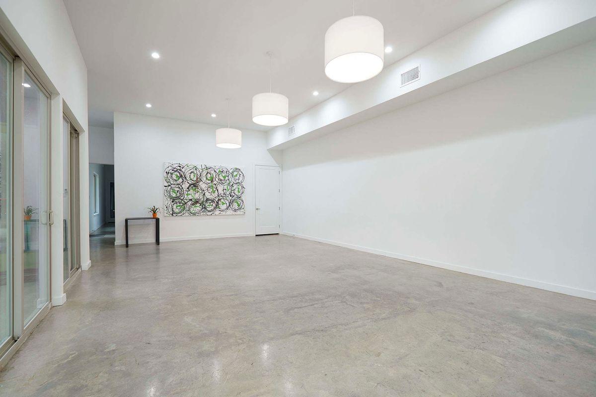 Ceadars Art House Contemporary Home Photo Video Shoot Location Dallas 12.jpg