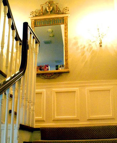 1r20_stairs_lorraine.jpg