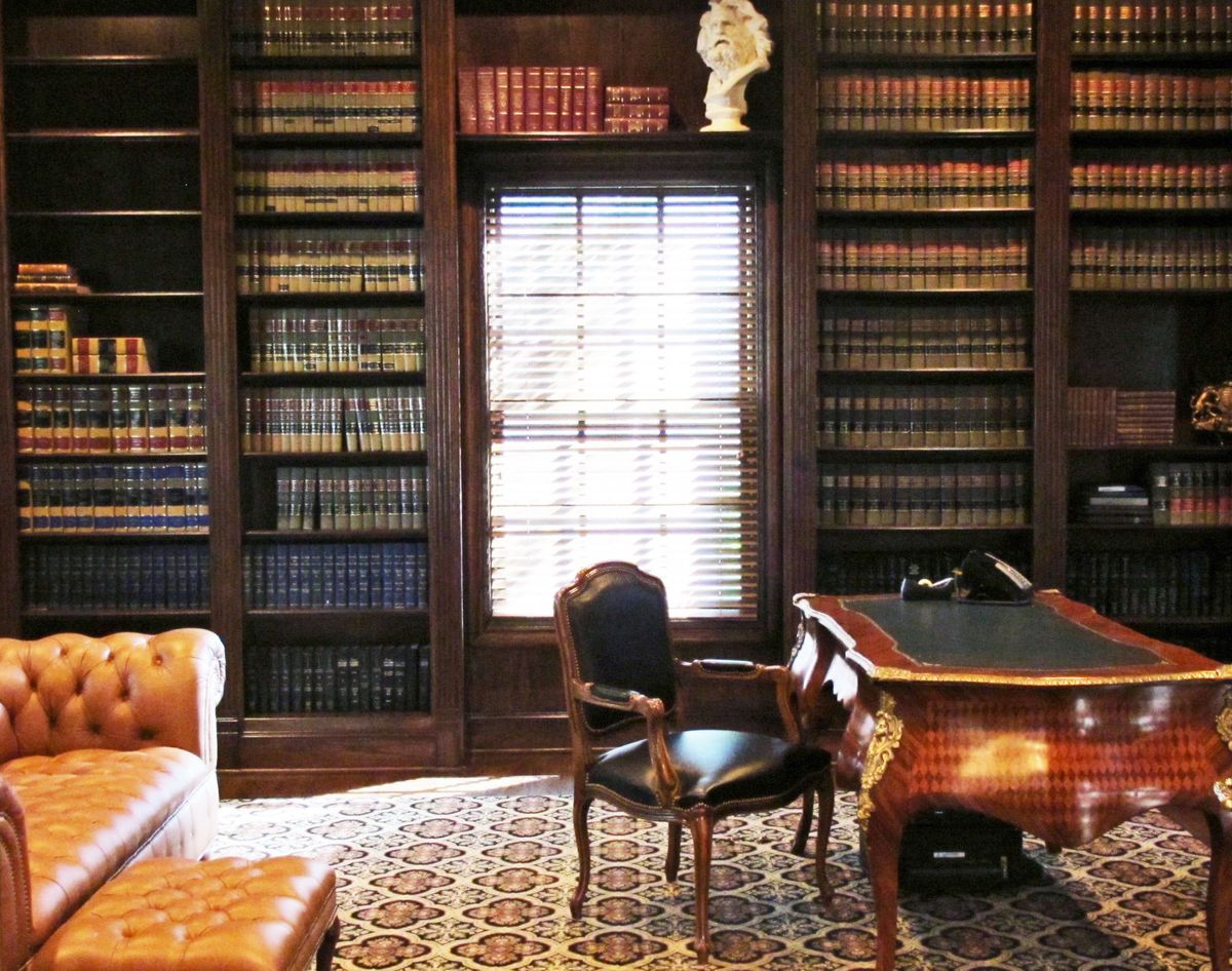Merlo Traditional House Video Shoot Location Dallas 32.jpg