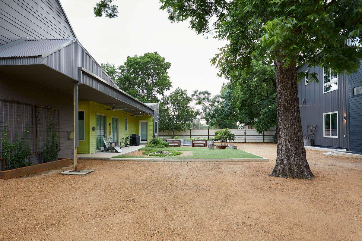 Ceadars Art House Contemporary Home Photo Video Shoot Location Dallas 02.jpg