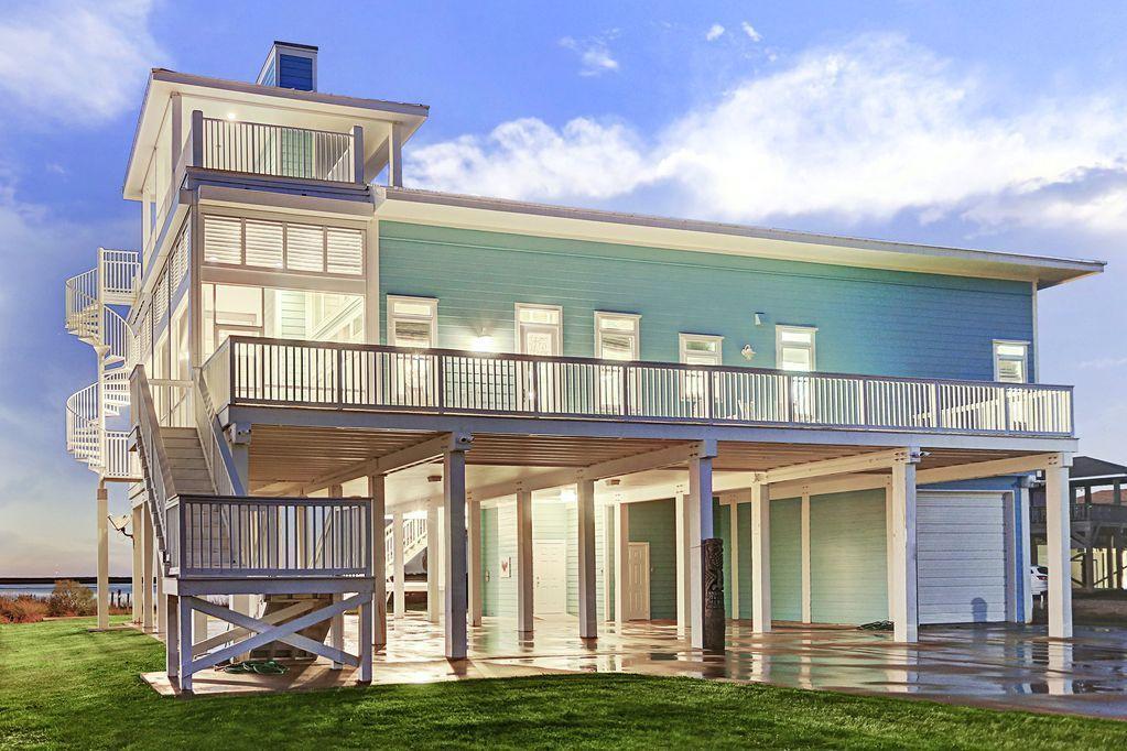 Riley Lake Beach House Photo Video Shoot Location Galvestion 05.jpg