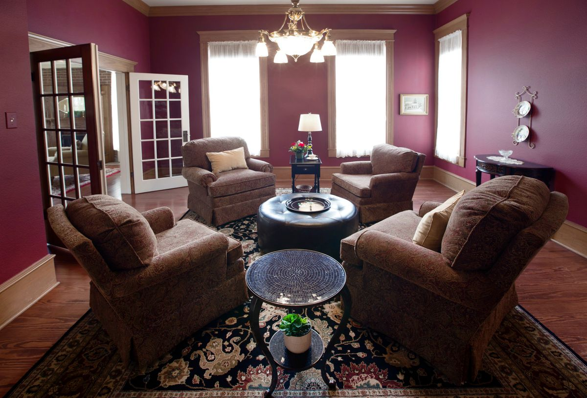 Sanders Hitch Traditional Home Photo Video Shoot Location Interior Rooms 15.jpg