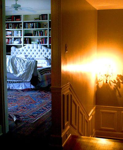 1r15_bedroom_lorraine.jpg