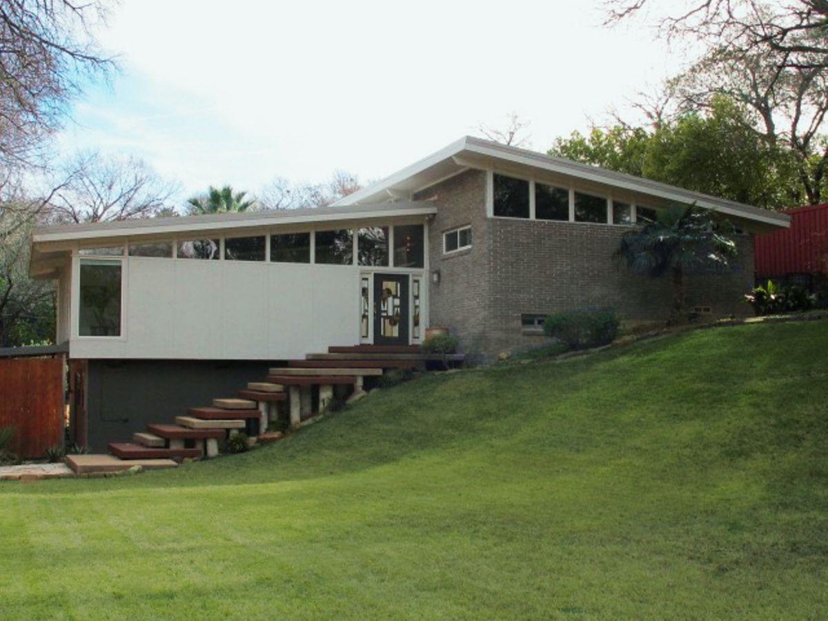 Lara Mid Century Modern Home Photo Video Location Shoot Dallas 21.jpg