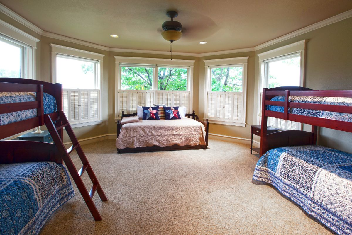 Sanders Hitch Traditional Home Photo Video Shoot Location Interior Rooms 2.jpg