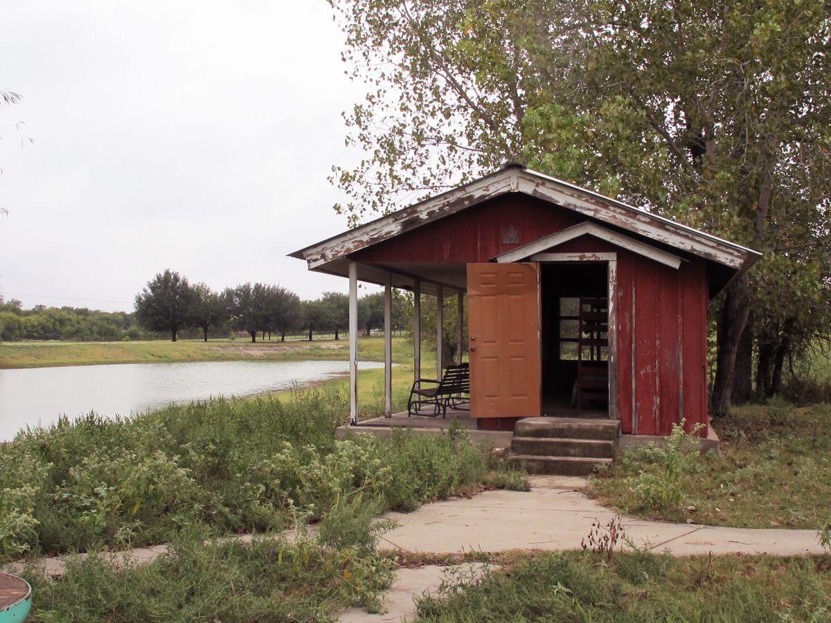 Jackie's Farm Photo Shoot Location 38.jpg