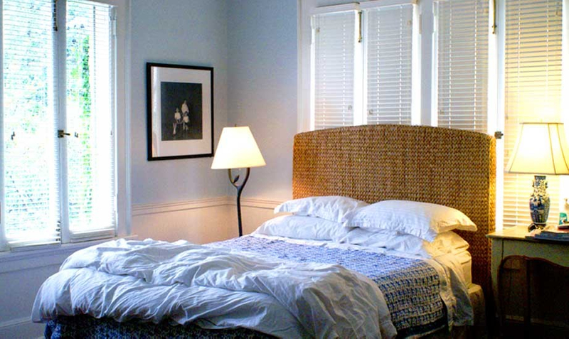 1r16_bedroom_lorraine.jpg