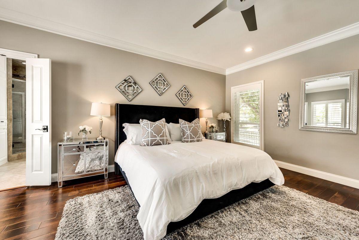 Elle Traditional House Video Shoot Location Dallas 20.jpg
