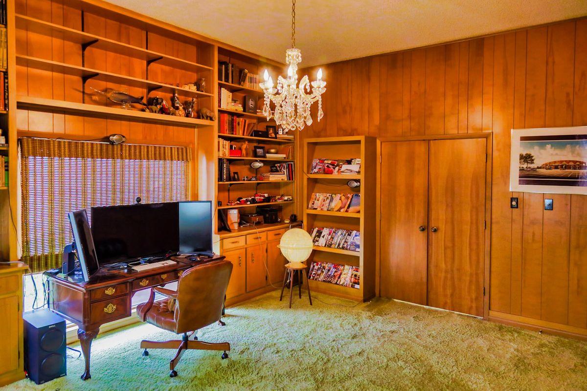 Shagplace Mid Century Modern Home Photo Video Shoot Location Dallas 12.jpeg