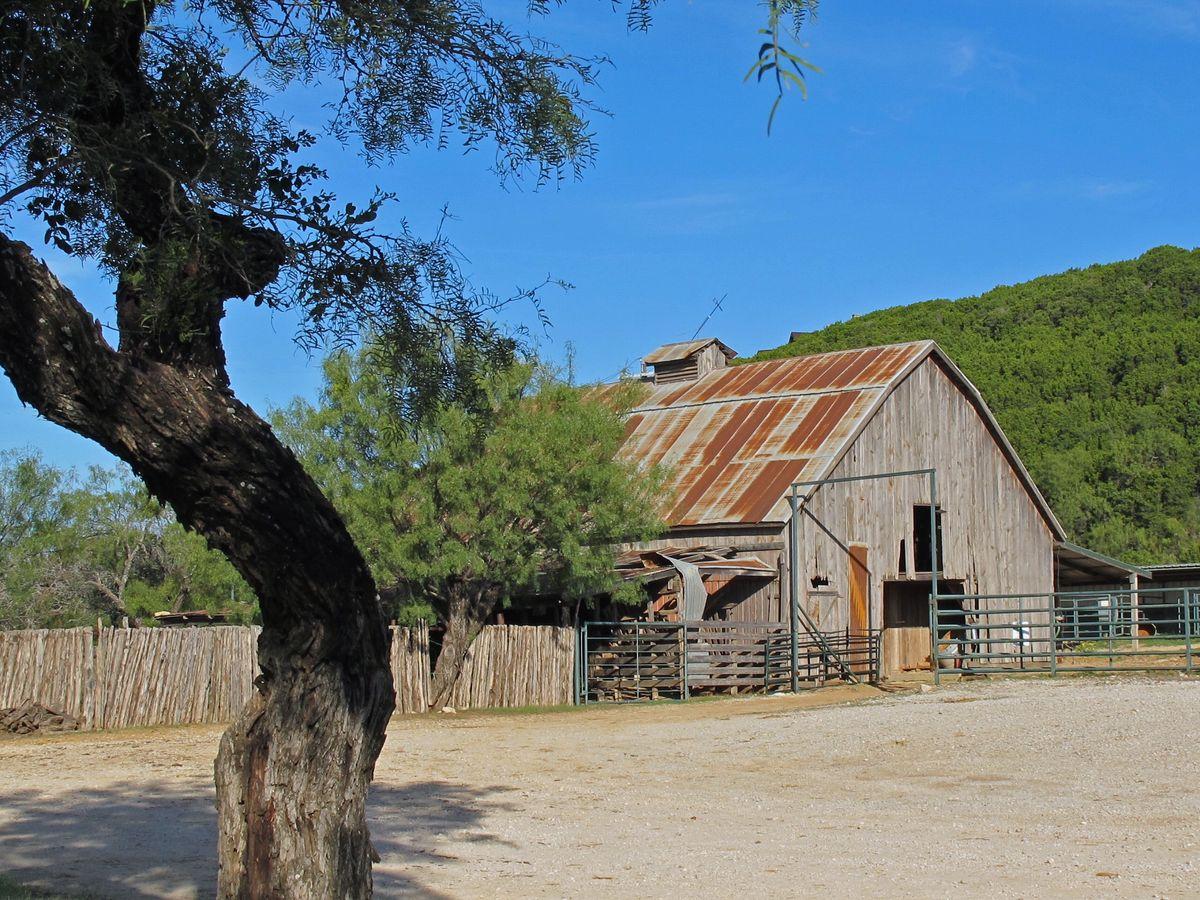 Ranch PK Lake Photo Shoot Location50.jpg