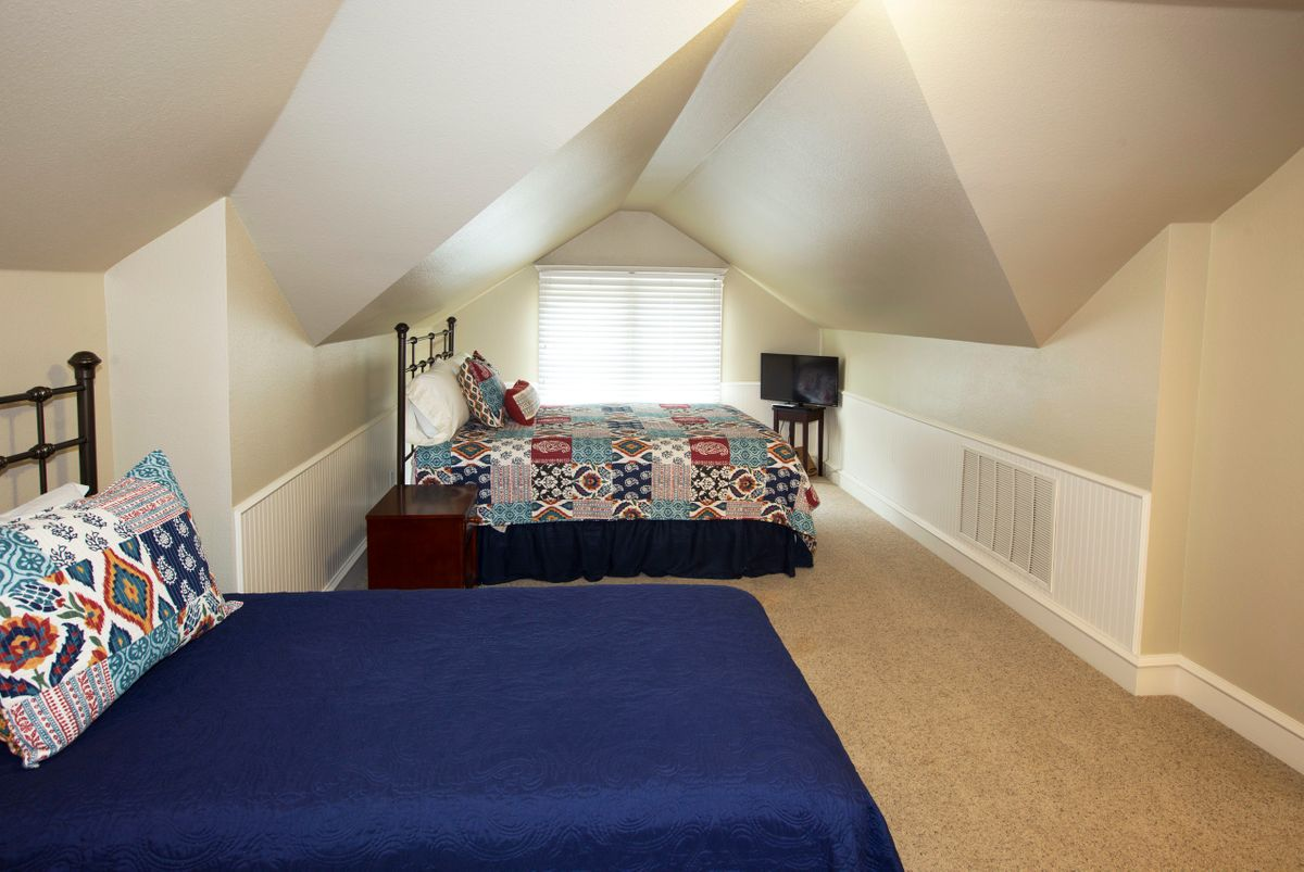 Sanders Hitch Traditional Home Photo Video Shoot Location Interior Rooms 10.jpg