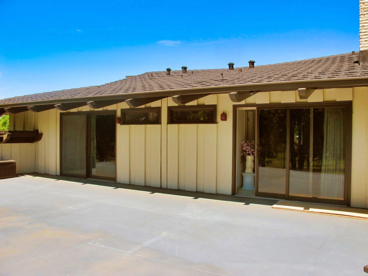 Shagplace Mid Century Modern Home Photo Video Shoot Location Dallas65.jpeg