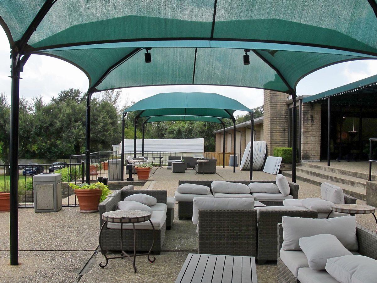 Tennis Pool Club Photo Shoot Location17.JPEG