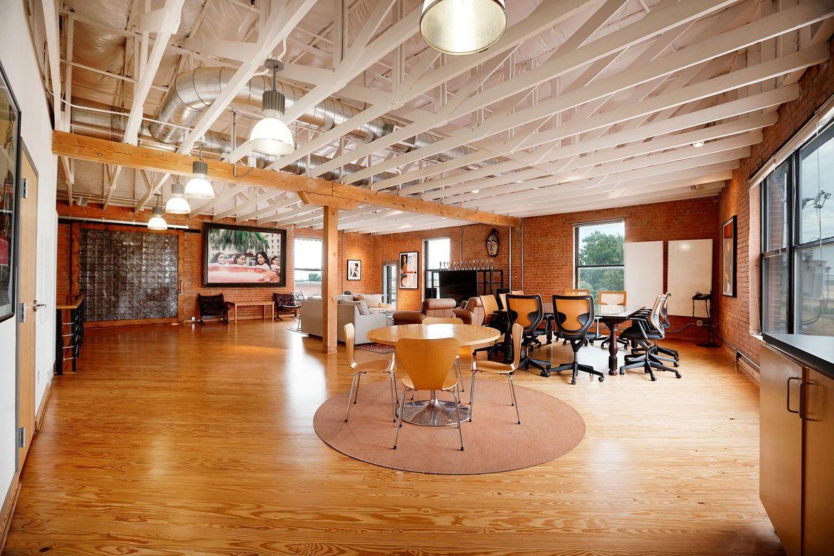 SRD Photo Video Shoot Location Dallas Lounge4.jpg
