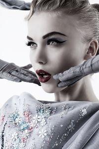 1fwbleach_cm_AMICA_Dior_dr3_02_05_11_0993_copy_pp.jpg
