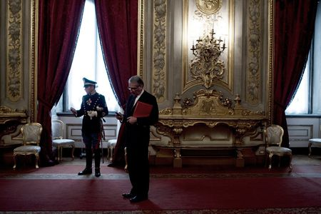 1cm_Italy_gov_12_20_10_1180FW.jpg