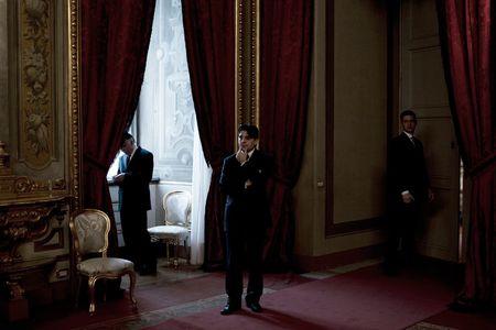 1cm_Italy_gov_12_20_10_1239FW.jpg