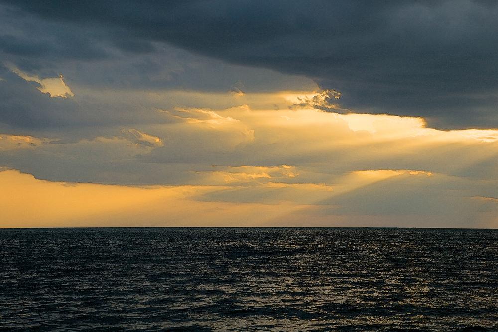 1r4469door_co_sunset.jpg