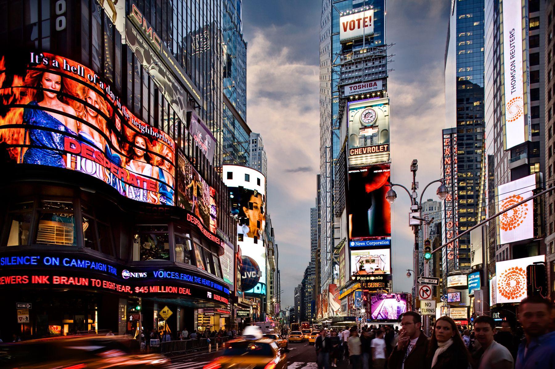 Times Square_web.jpg