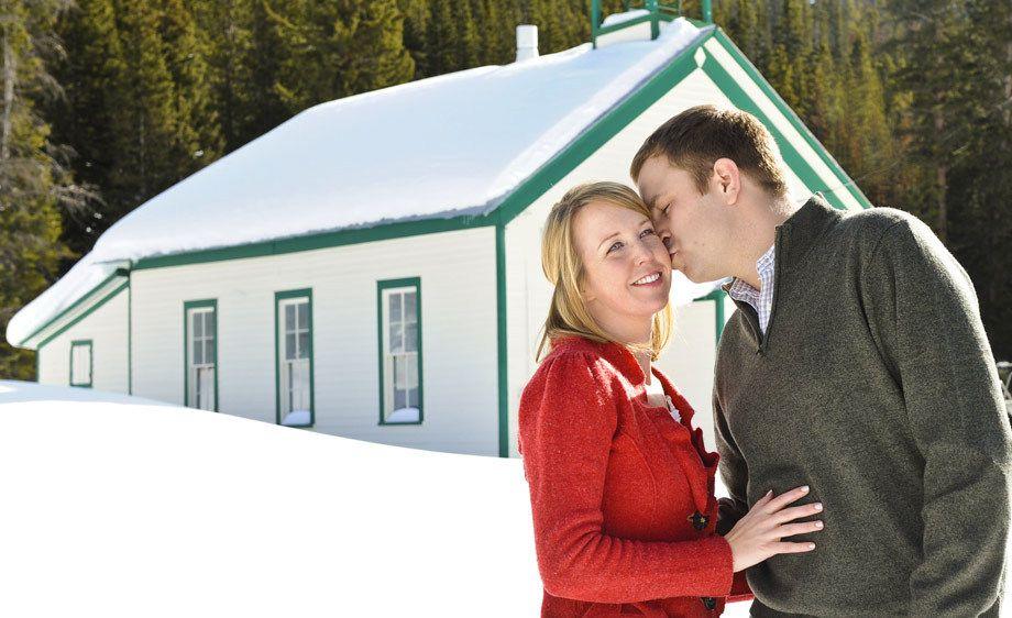 Montezuma Snowy Engagement Session