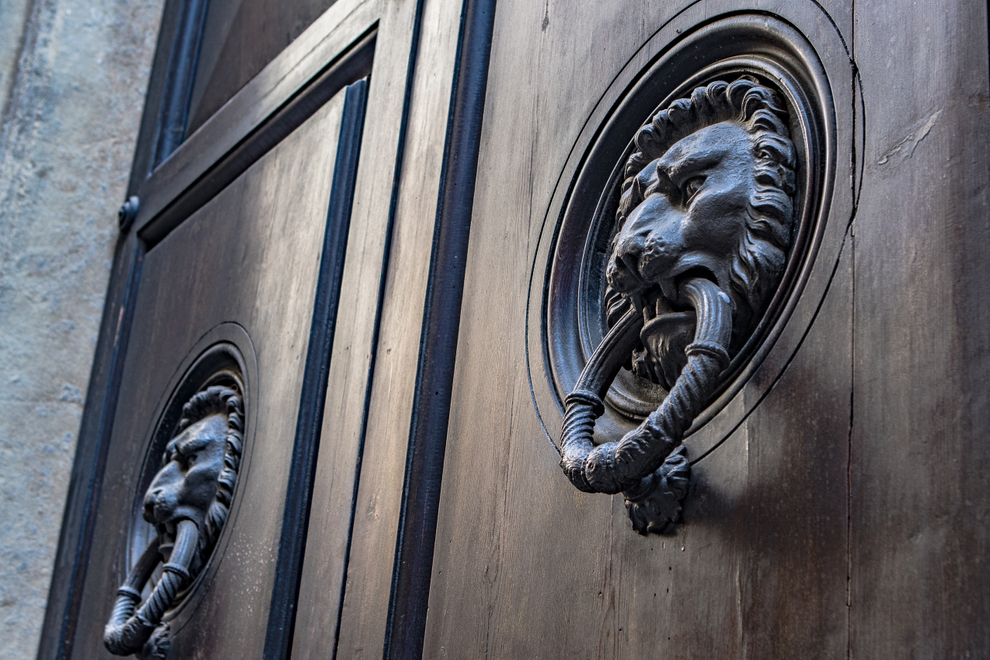 Lion Head.jpg