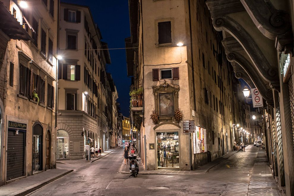 Evening streets in Florence.jpg