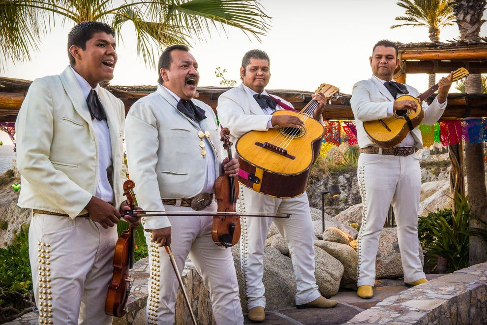 Travel Photography mariachi_band_plays_festival_at_esperanza_resort
