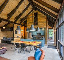 Thelma Hut 21.jpg