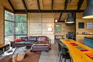 Thelma Hut 25.jpg