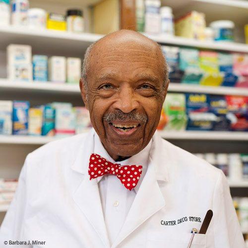 DR. CARTER, A LIVING LEGEND.